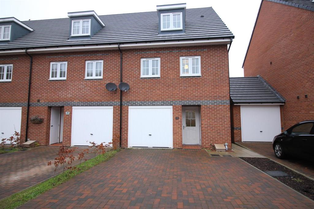 3 Bedrooms Semi Detached House for sale in Aspen Grove, Burnopfield, Newcastle Upon Tyne