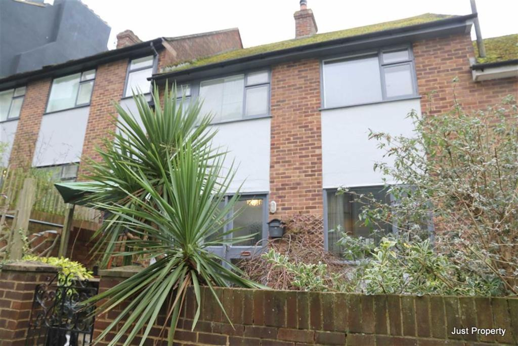 3 Bedrooms Terraced House for sale in Old Humphrey Avenue, Hastings