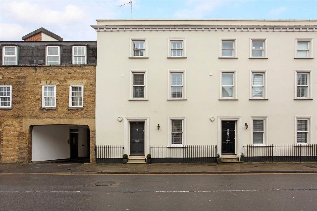 3 Bedrooms End Of Terrace House for sale in Victoria Street, Windsor, Berkshire, SL4