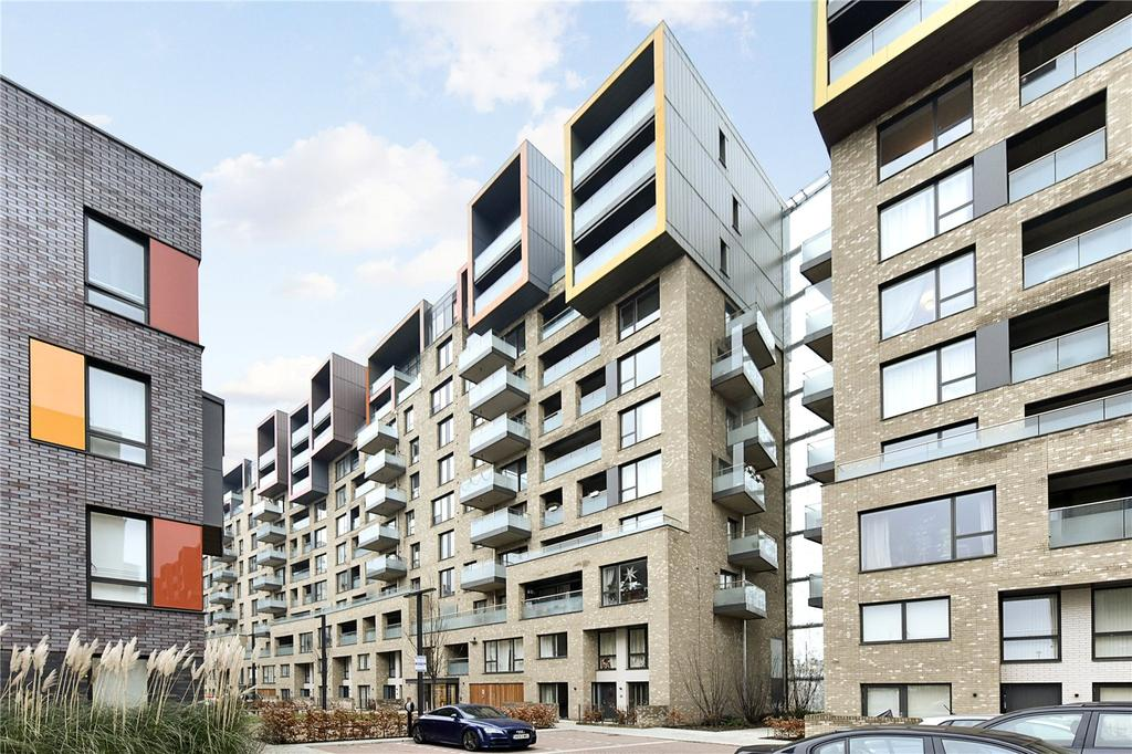 3 Bedrooms Flat for sale in Barquentine Heights, 4 Peartree Way, London