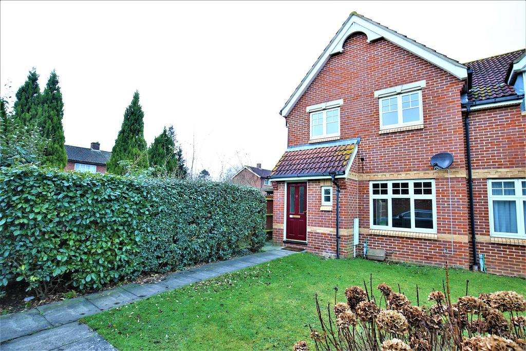 3 Bedrooms Semi Detached House for sale in Morton Close, Maidstone