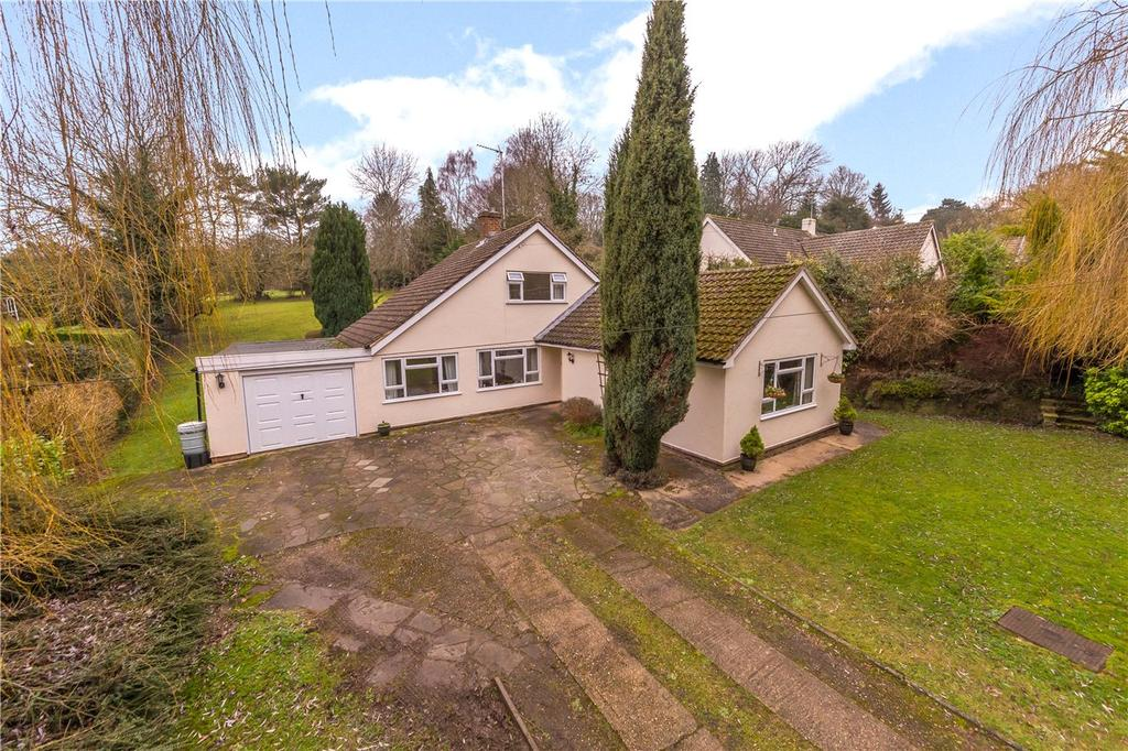 3 Bedrooms Detached House for sale in The Avenue, Welwyn, Hertfordshire