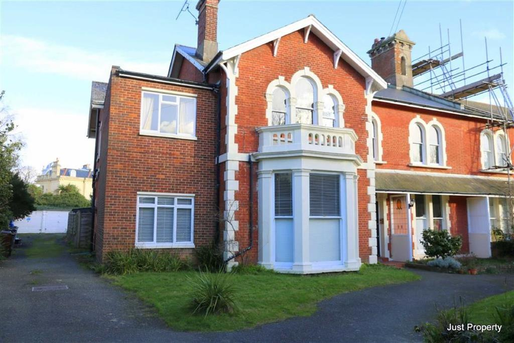 3 Bedrooms Apartment Flat for sale in Upper Maze Hill, St Leonards On Sea