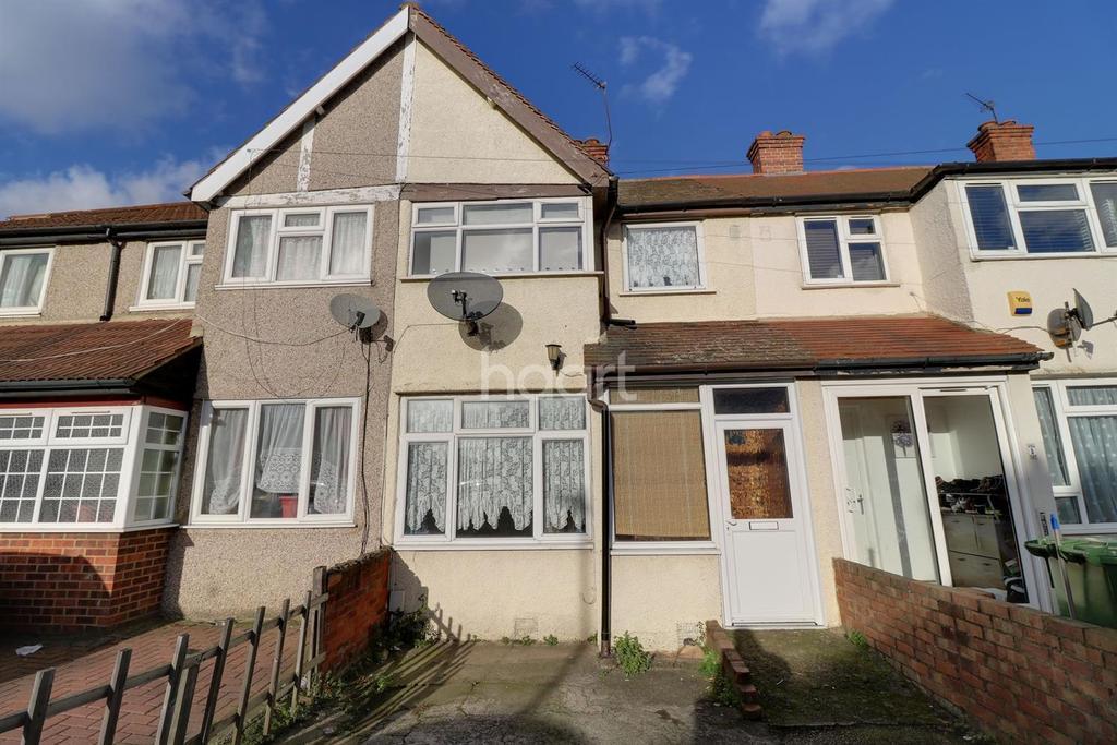 3 Bedrooms Terraced House for sale in School Road, Dagenham