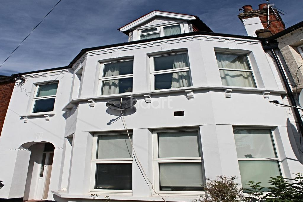 1 Bedroom Flat for sale in Ash Grove, NW2