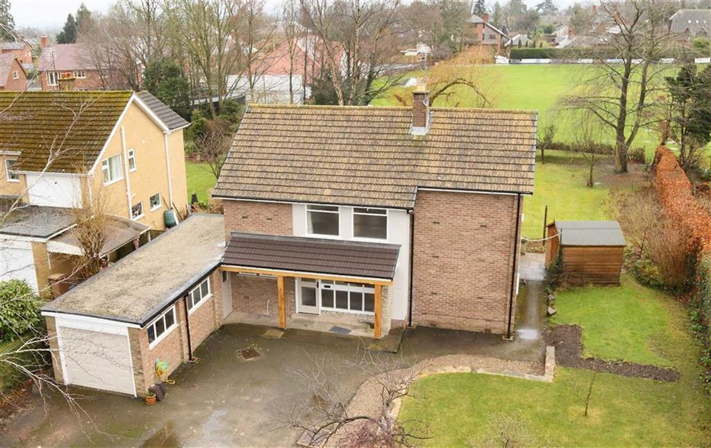 3 Bedrooms Detached House for sale in Wilmot Drive, Oswestry, SY11