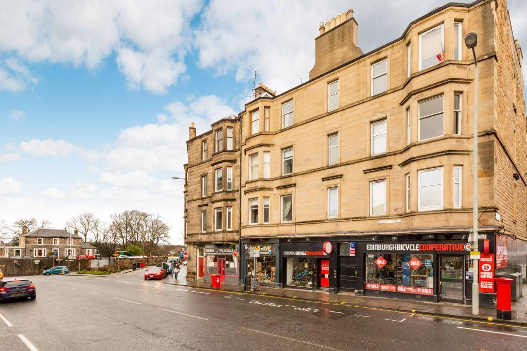 2 Bedrooms Flat for sale in 28/3 Rodney Street, Edinburgh, EH7 4EA