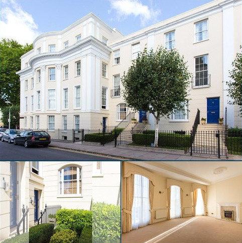3 bedroom flat for sale - Wellington Place, Priory Street, Cheltenham, Gloucestershire, GL52