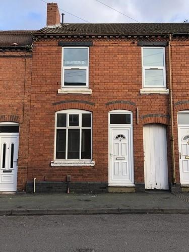 3 Bedrooms Terraced House for rent in Highfield Road, Rowley Regis B65