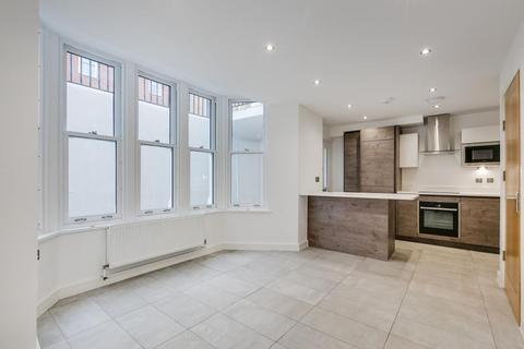 4 bedroom house to rent - Cleary Court, Battersea, SW11