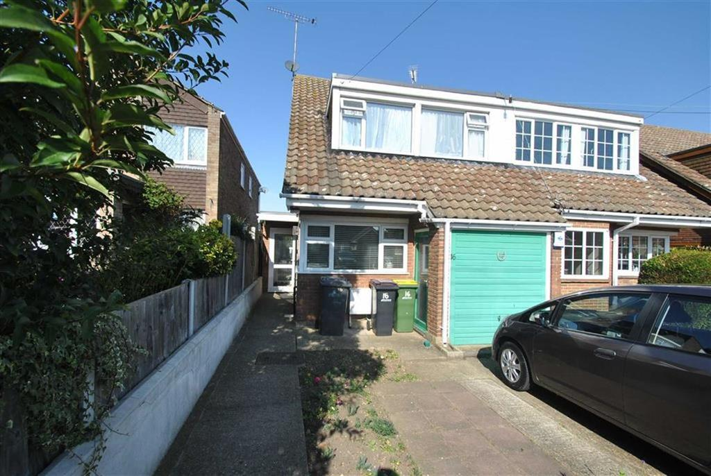 3 Bedrooms Semi Detached House for sale in Alexandra Road, Ashingdon, Essex