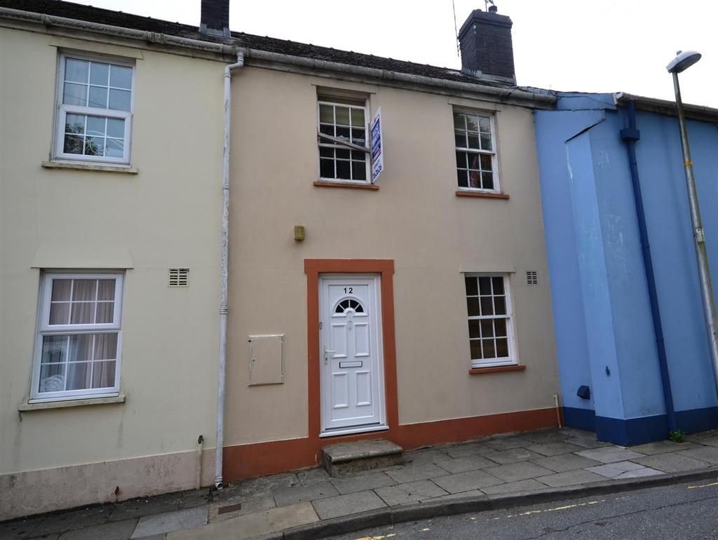 2 Bedrooms Terraced House for rent in Haverfordwest
