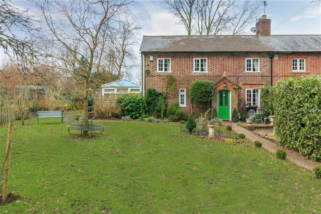 4 Bedrooms Semi Detached House for sale in Cosmore, Dorchester, Dorset, DT2