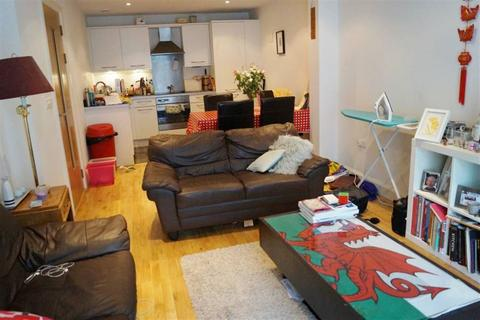 1 bedroom flat to rent - Kings Quarter Apartments, 15 King Square Avenue, BRISTOL