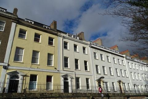 4 bedroom flat to rent - Richmond Terrace, Clifton