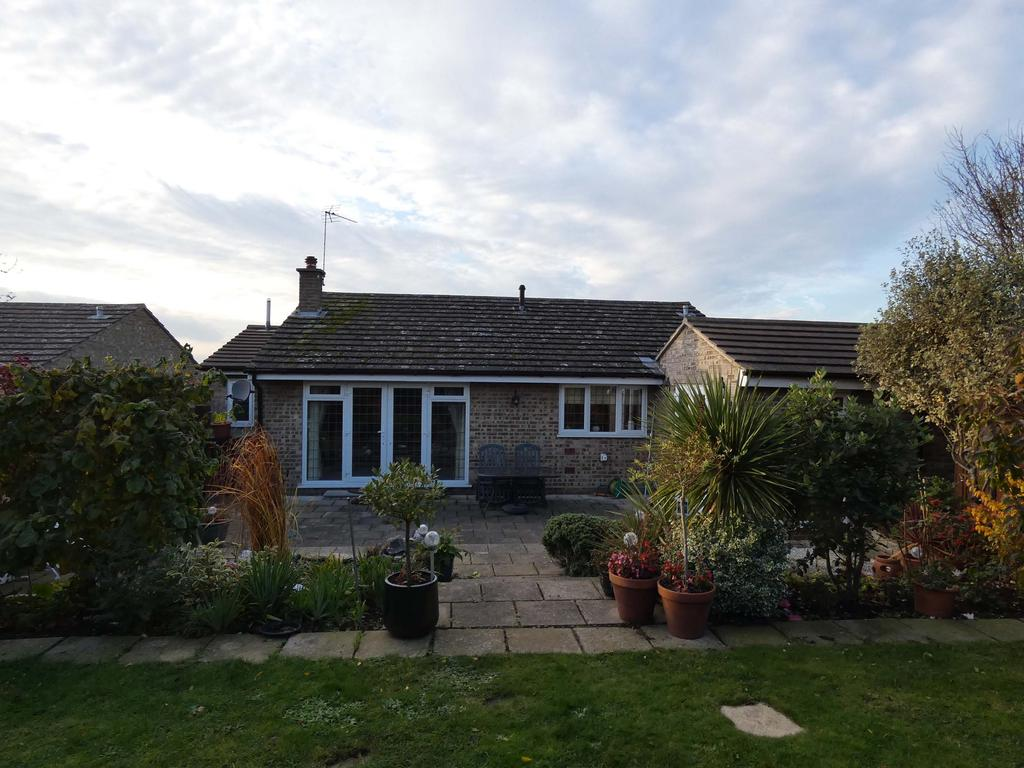 3 Bedrooms Detached Bungalow for sale in Bowes Road, Wivenhoe CO7