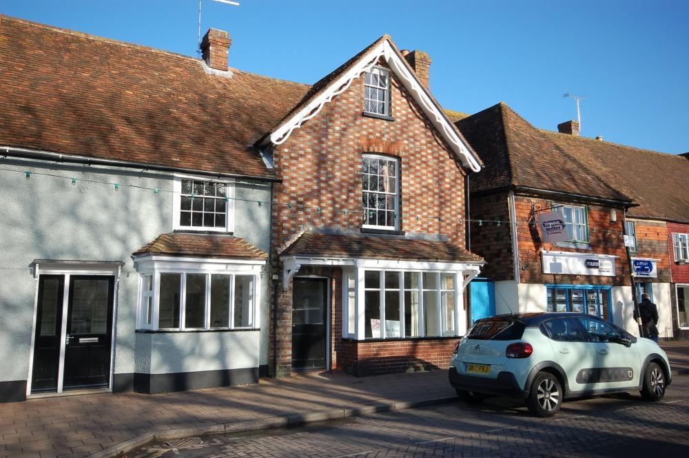 Properties for sale in ashford rushford close ashford for The headcorn minimalist house kent