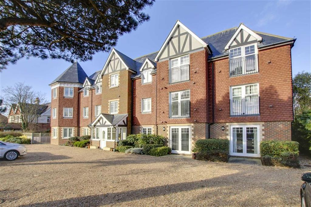 2 Bedrooms Flat for sale in Belgrave Place, Wilmington Road, Seaford