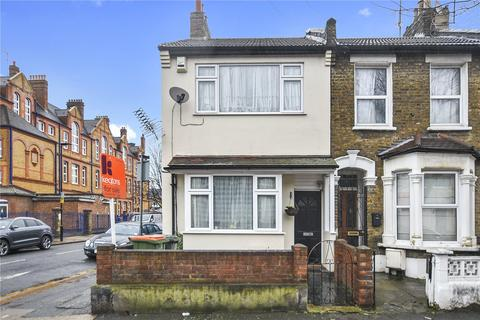 3 bedroom end of terrace house for sale - Corporation Street, Stratford, London, E15