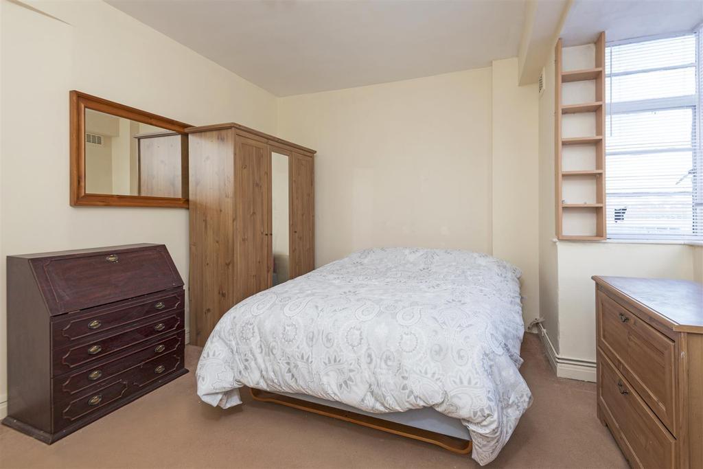 Studio Flat for sale in Orsett Terrace, London