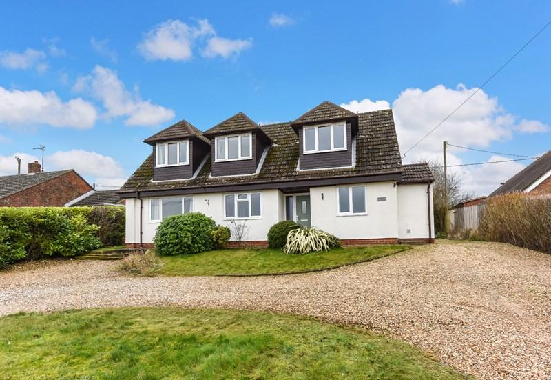 5 Bedrooms Detached House for sale in Streetway Road, Palestine, Andover