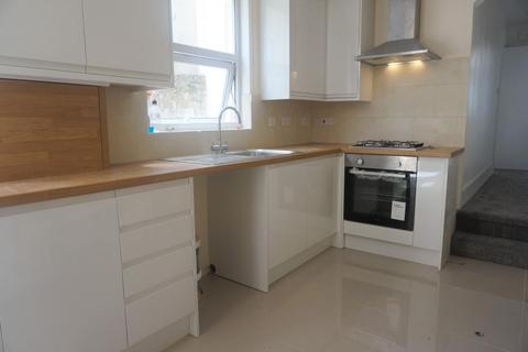 3 bedroom flat to rent - Whippingham Road, BRIGHTON BN2