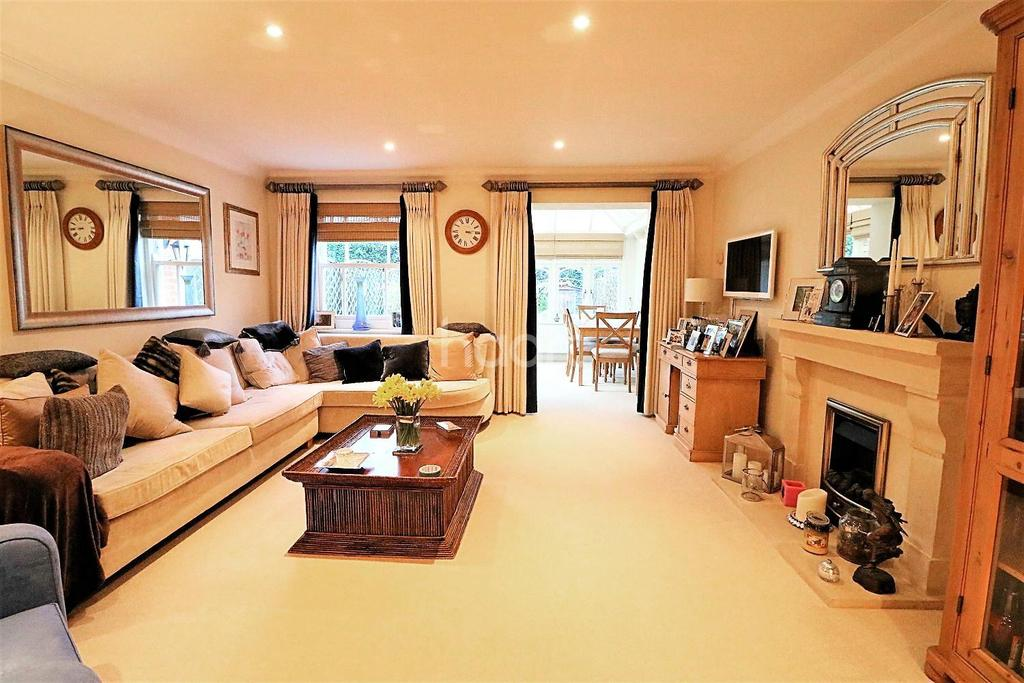 4 Bedrooms End Of Terrace House for sale in Grayswood Road, Haslemere, Surrey