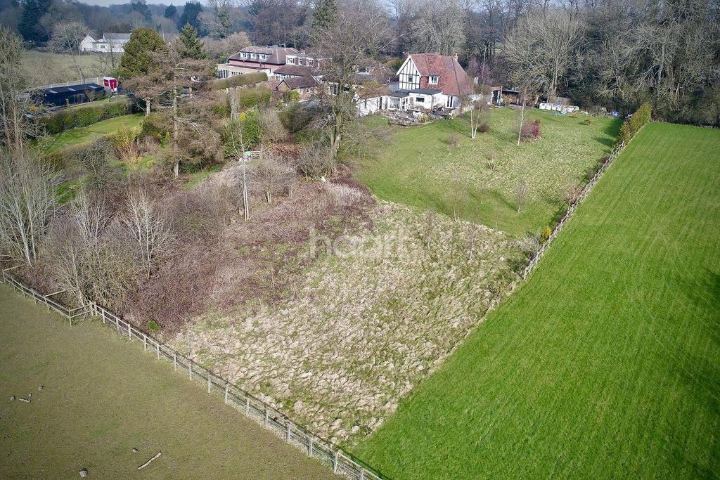 3 Bedrooms Detached House for sale in Main Road, Westerham Hill