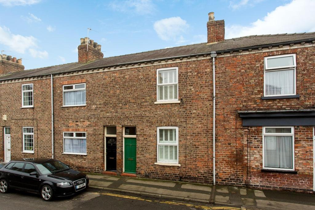 2 Bedrooms Terraced House for sale in Milner Street, York