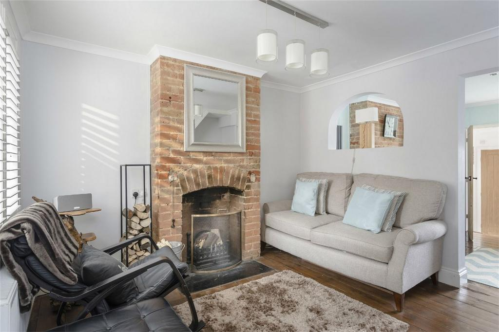 3 Bedrooms Terraced House for sale in Woodfields, Stansted Mountfitchet, Essex