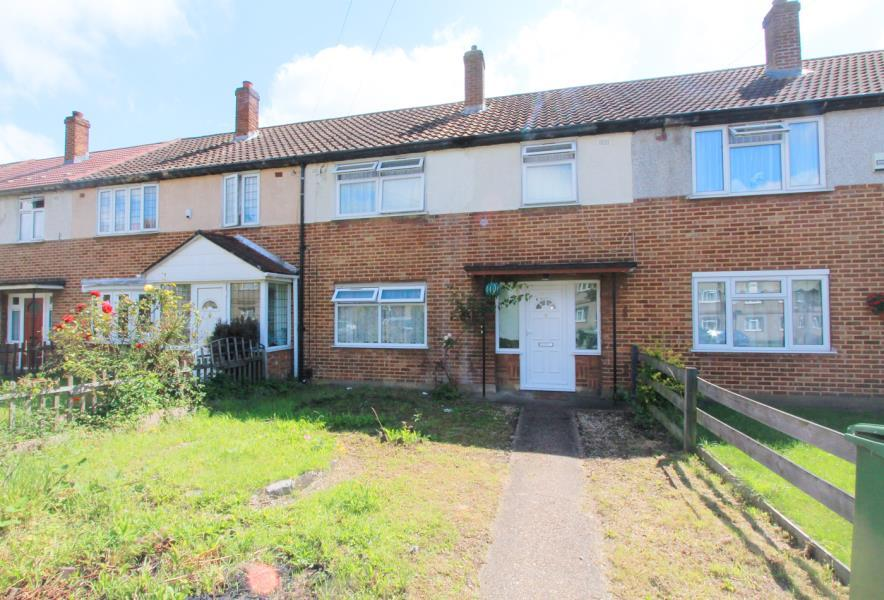 3 Bedrooms House for sale in 3 Bedroom House, Arneways Avenue, Romford