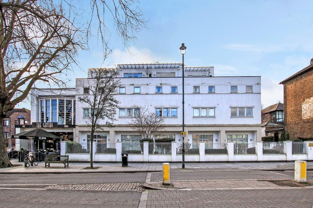 2 Bedrooms Apartment Flat for sale in The Rex, High Street, Berkhamsted HP4
