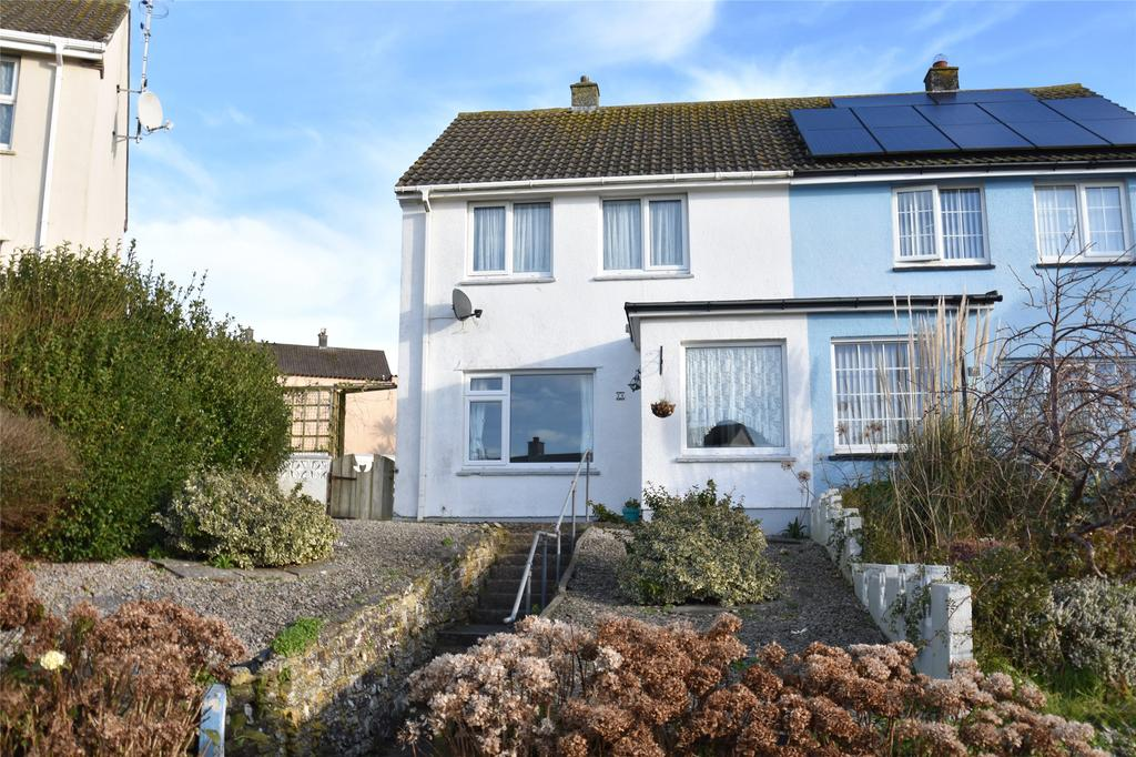 2 Bedrooms Semi Detached House for sale in Trembath Crescent, Newquay