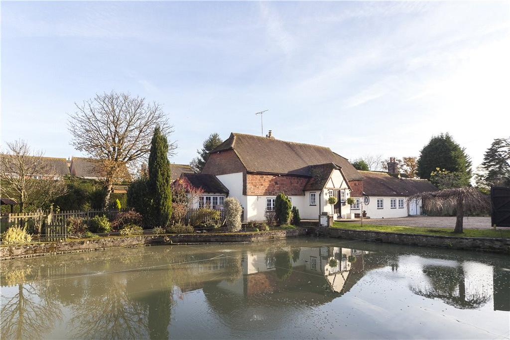 4 Bedrooms Detached House for sale in Worthing Road, Southwater, Horsham, West Sussex, RH13