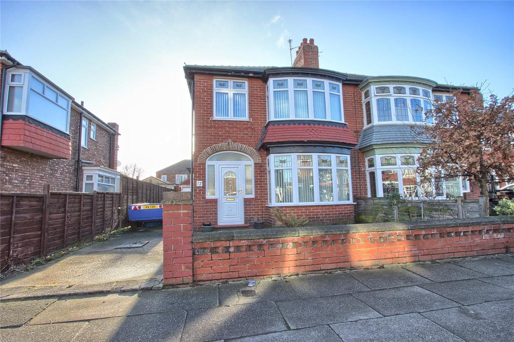 3 Bedrooms Semi Detached House for sale in Forth Road, Redcar