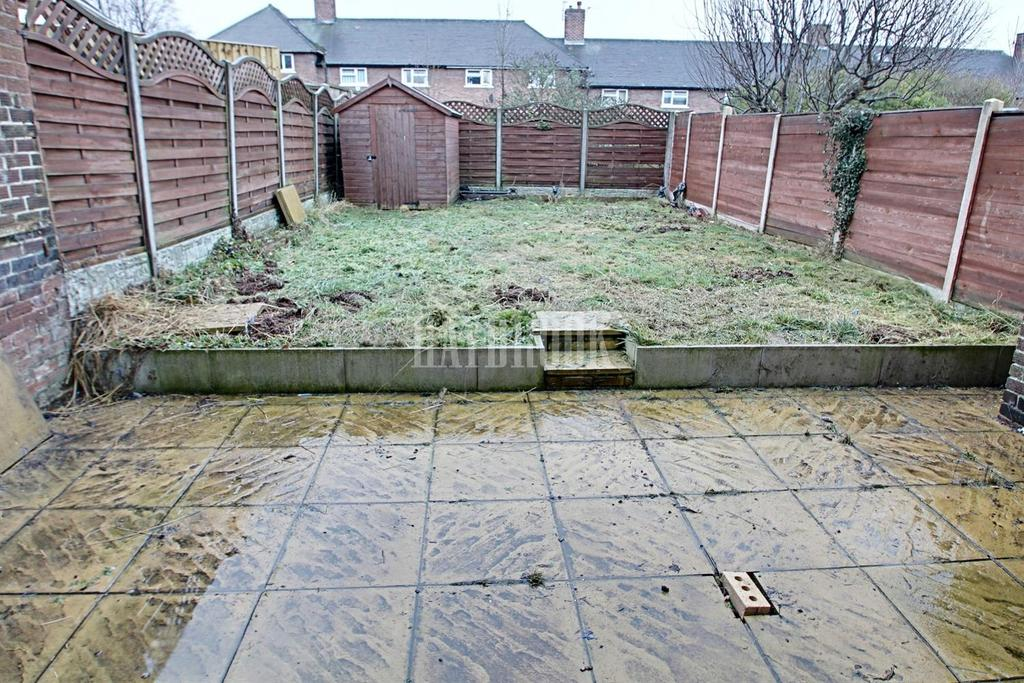 2 Bedrooms Terraced House for sale in Greenwood Road, Littledale