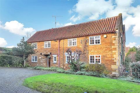 5 bedroom detached house for sale - Denton, Grantham