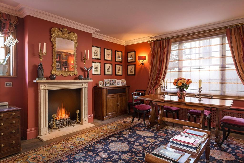 3 Bedrooms End Of Terrace House for sale in Mallord Street, London, SW3