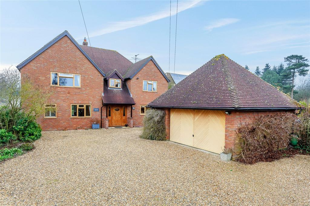 5 Bedrooms Detached House for sale in Rabley Heath, Welwyn, Hertfordshire