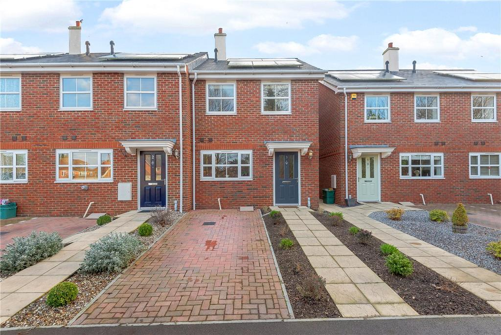3 Bedrooms End Of Terrace House for sale in Oakwood Terrace, Eeklo Place, Newbury, Berkshire, RG14