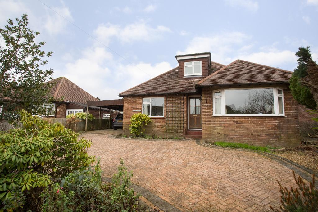 3 Bedrooms Detached House for sale in Tower Street, Heathfield, East Sussex, TN21 8PB