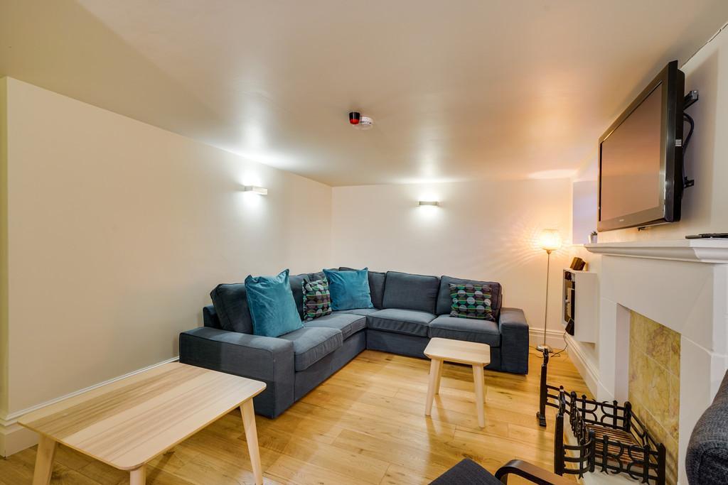 Leven Living Room