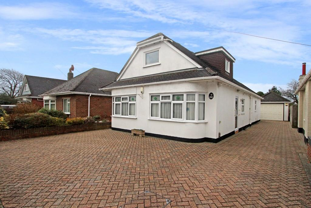 3 Bedrooms Detached Bungalow for sale in MUDEFORD
