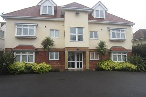 2 bedroom flat to rent - Faulkner Court, 55 Browning Avenue, Boscombe Manor