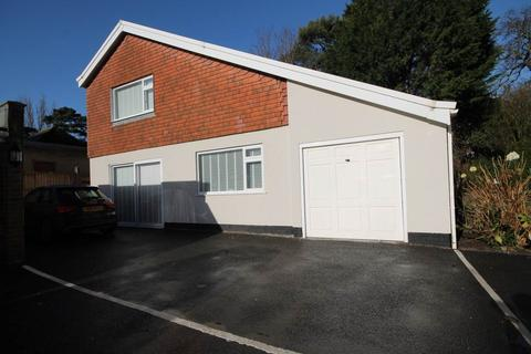 2 bedroom detached house to rent - Manor Road , Bournemouth , Dorset
