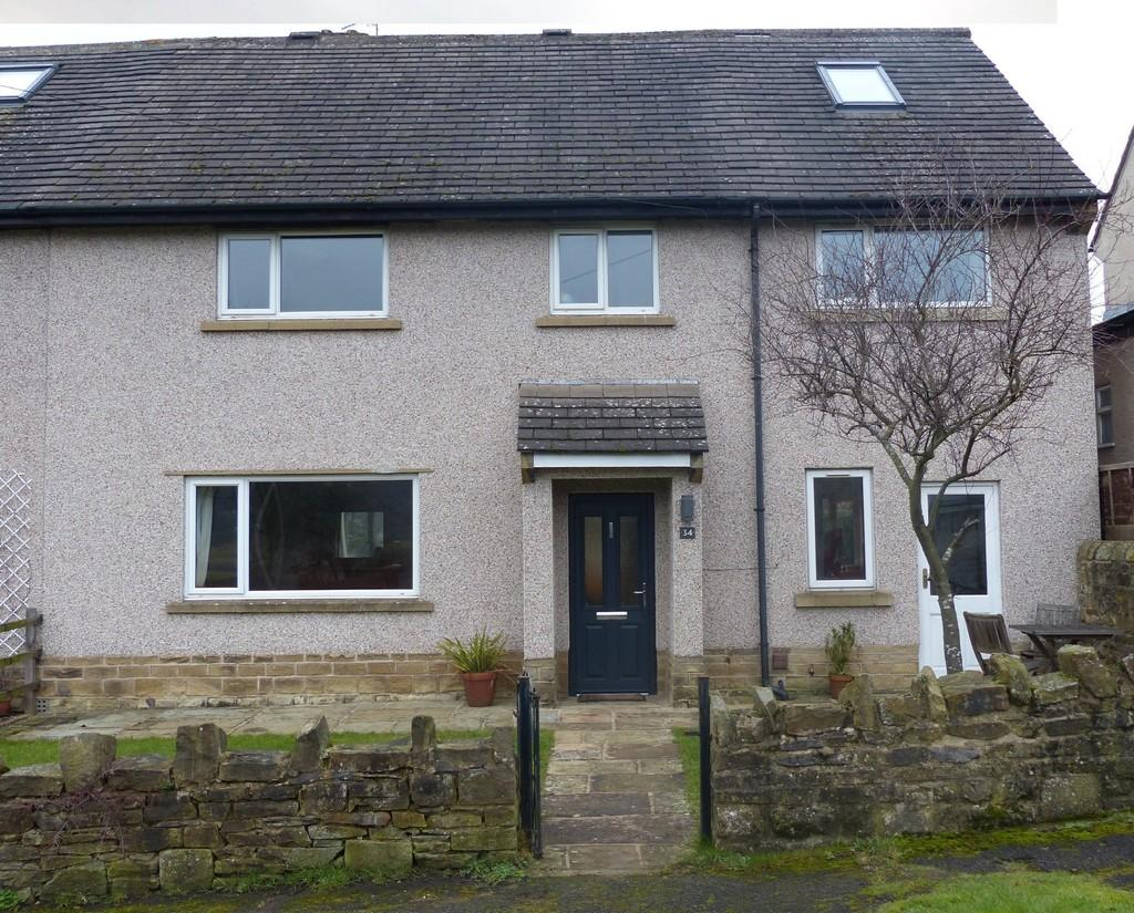 4 Bedrooms Semi Detached House for sale in East Lane, Embsay