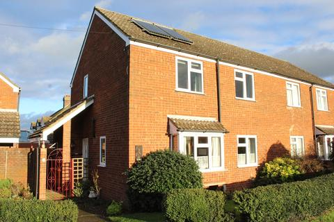 3 bedroom semi-detached house for sale - High Street, Stotfold, Hitchin, SG5
