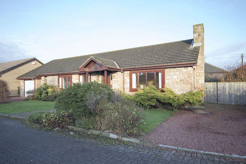 4 Bedrooms Detached Bungalow for sale in Meadow Lane, Beadnell, Chathill