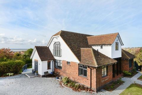 5 bedroom detached house for sale - London Road, Ramsgate