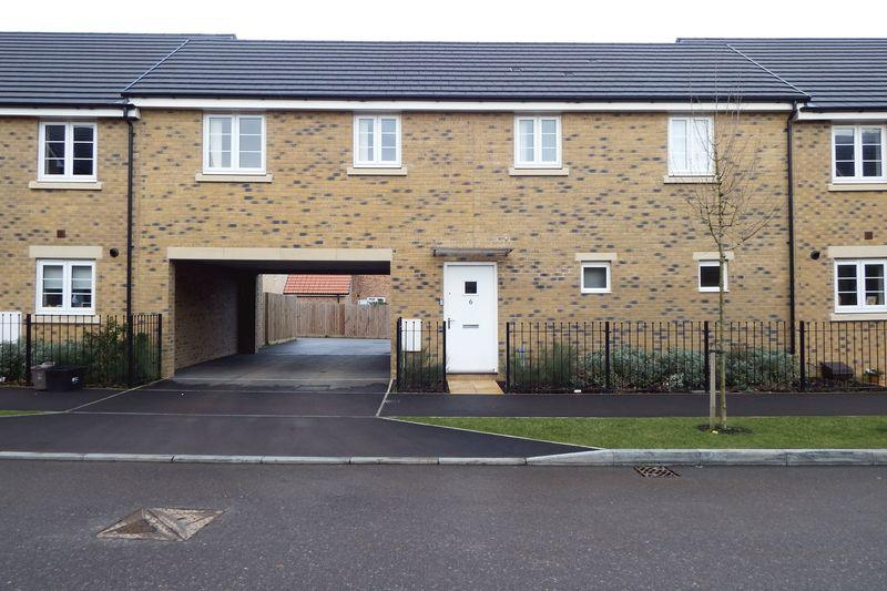 2 Bedrooms House for rent in Falcon Road, Yeovil